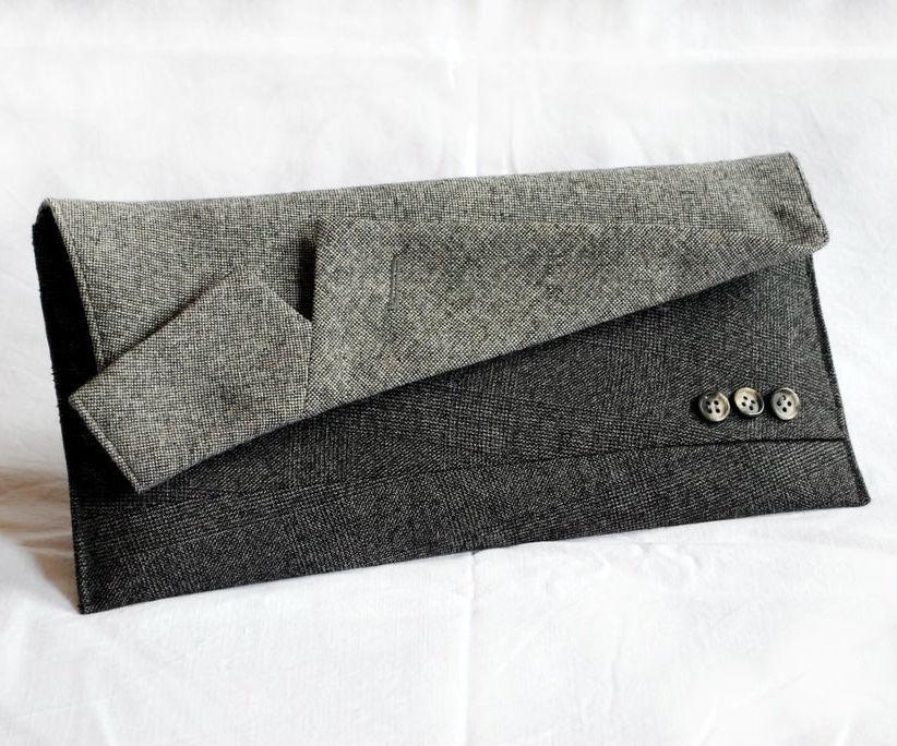 Suit Clutch