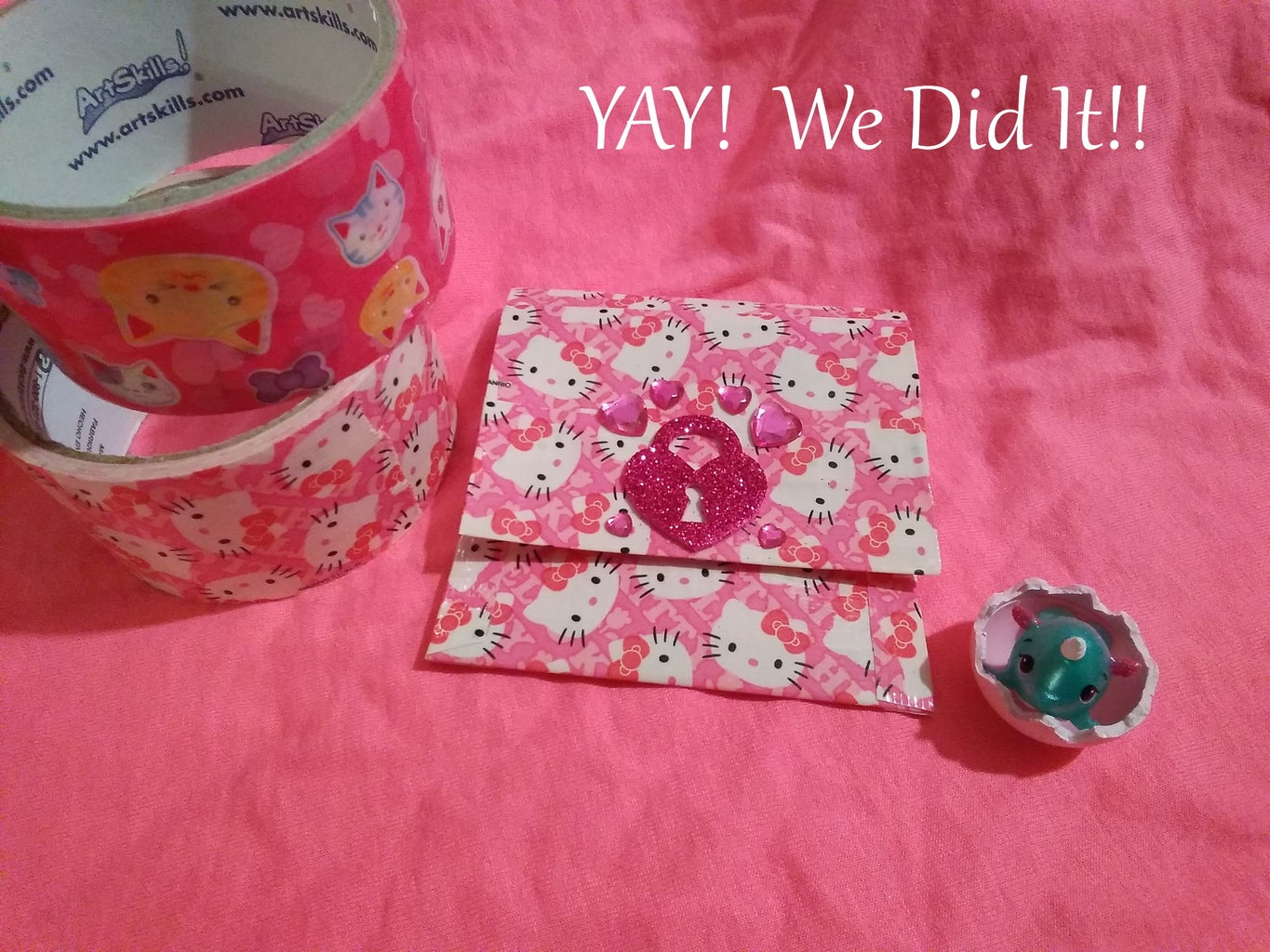 Decorating Your Duct Tape Ziploc Pouch