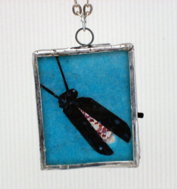 LED Microcontrolled Stained Glass Firefly Pendant
