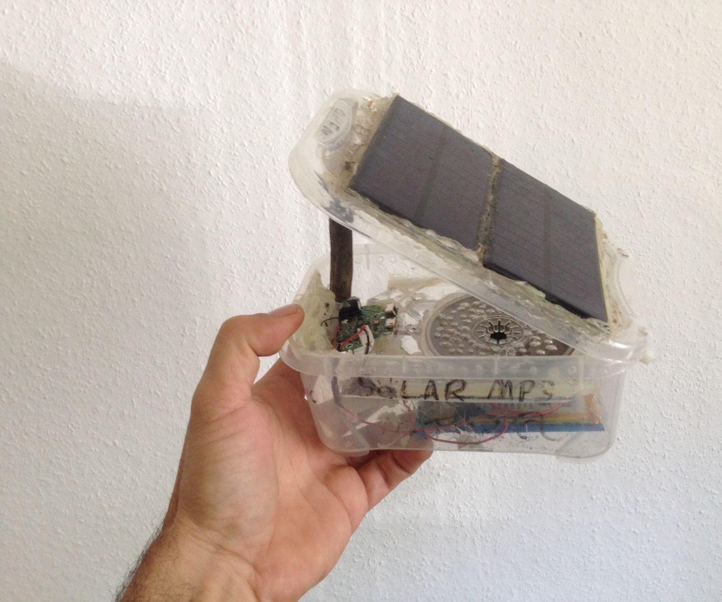 Solar Bluetooth MP3 Player