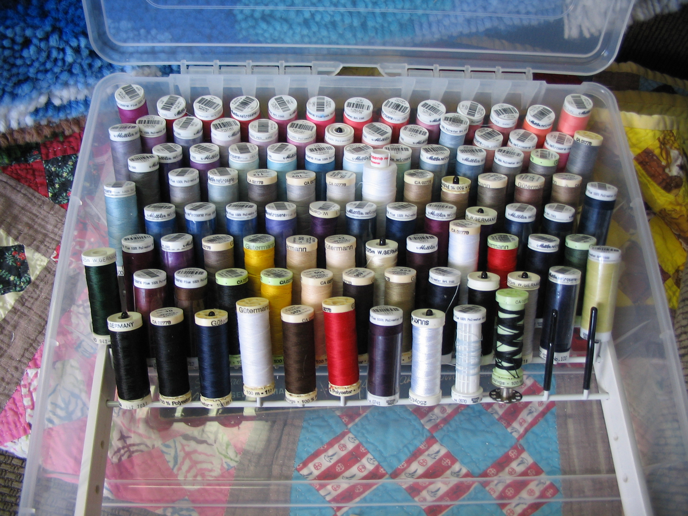 Thread organizer box for skinny spools -- Sulky, Gutermann, Mettler Metrosene (Capacity: 175 spools)