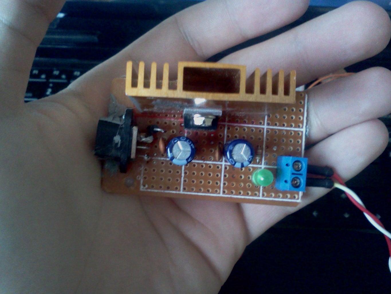 5V Voltage Regulator With 7805