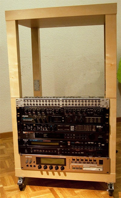 20 Units Instrument Rack From Ikea's Lack Tables
