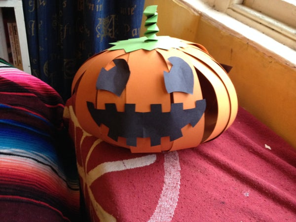 Simple Paper Pumpkin Decoration