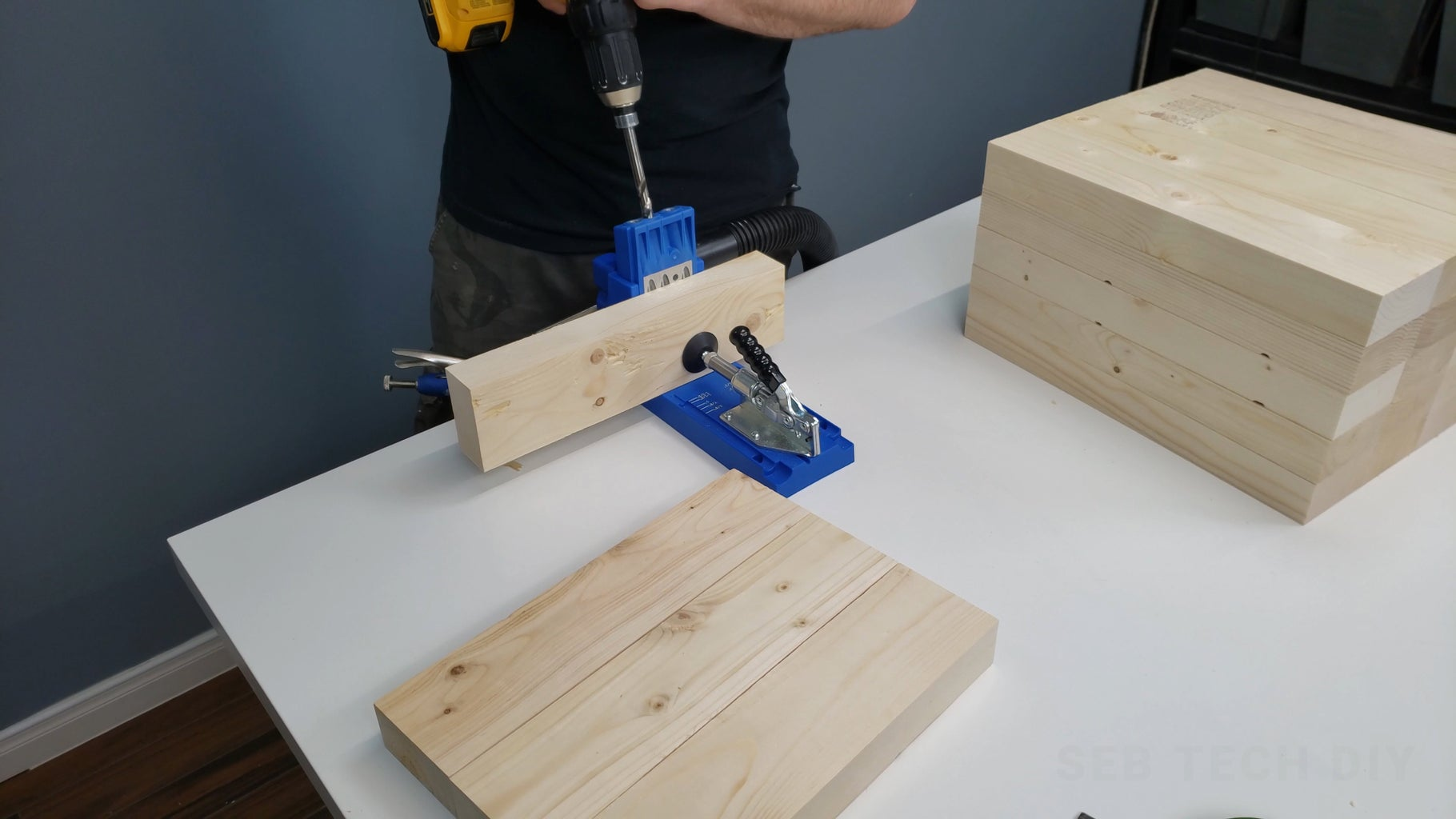 Drilling the Pocket Holes