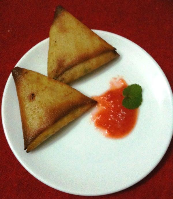 Quick Cheese Samosa