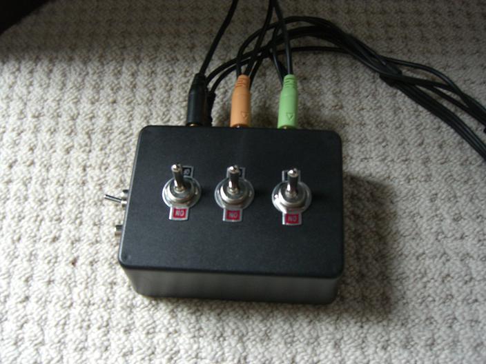 3.5mm 5.1 Surround Sound Switch / Splitter Box