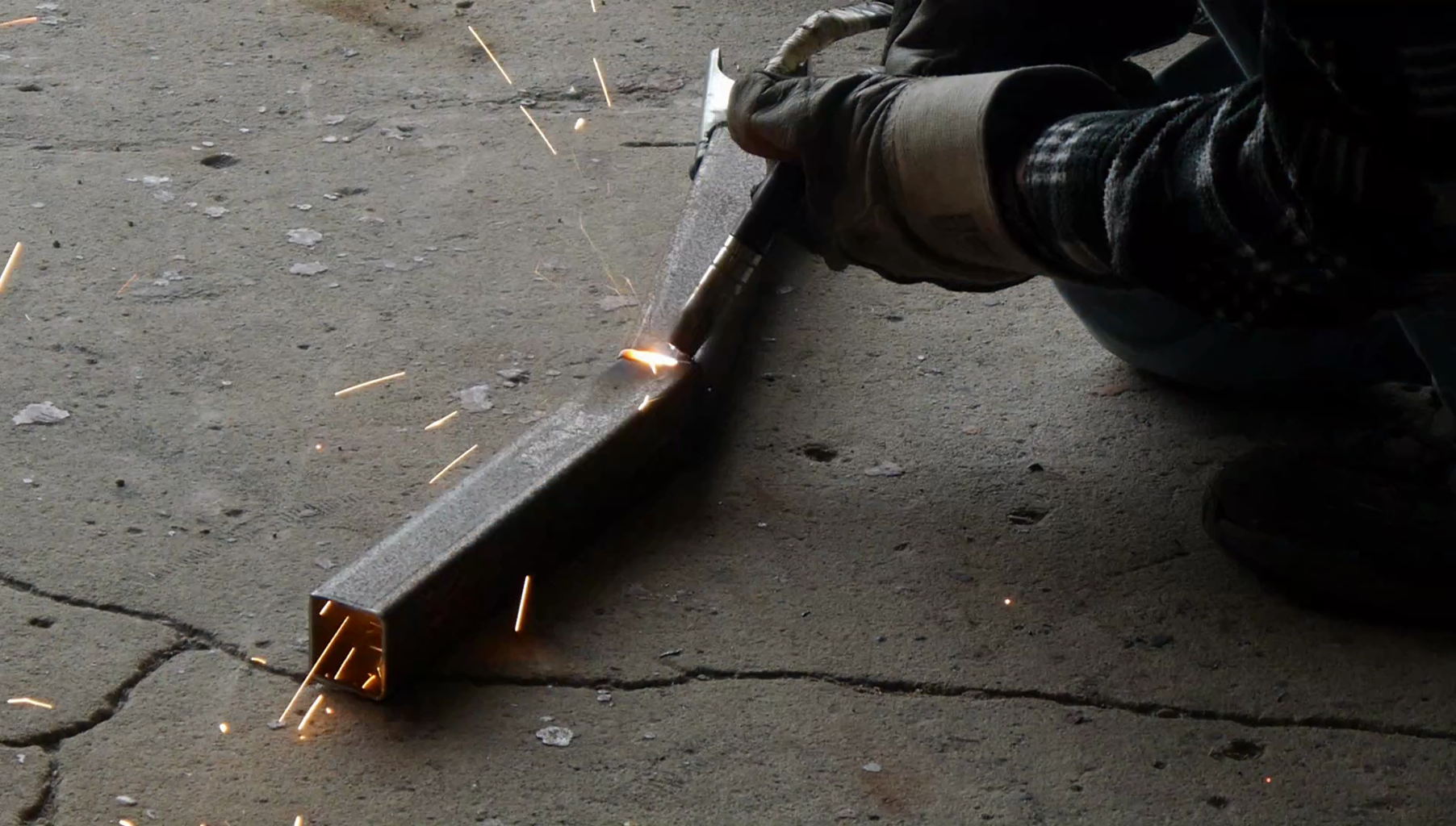 Shape, Welding and Grinding
