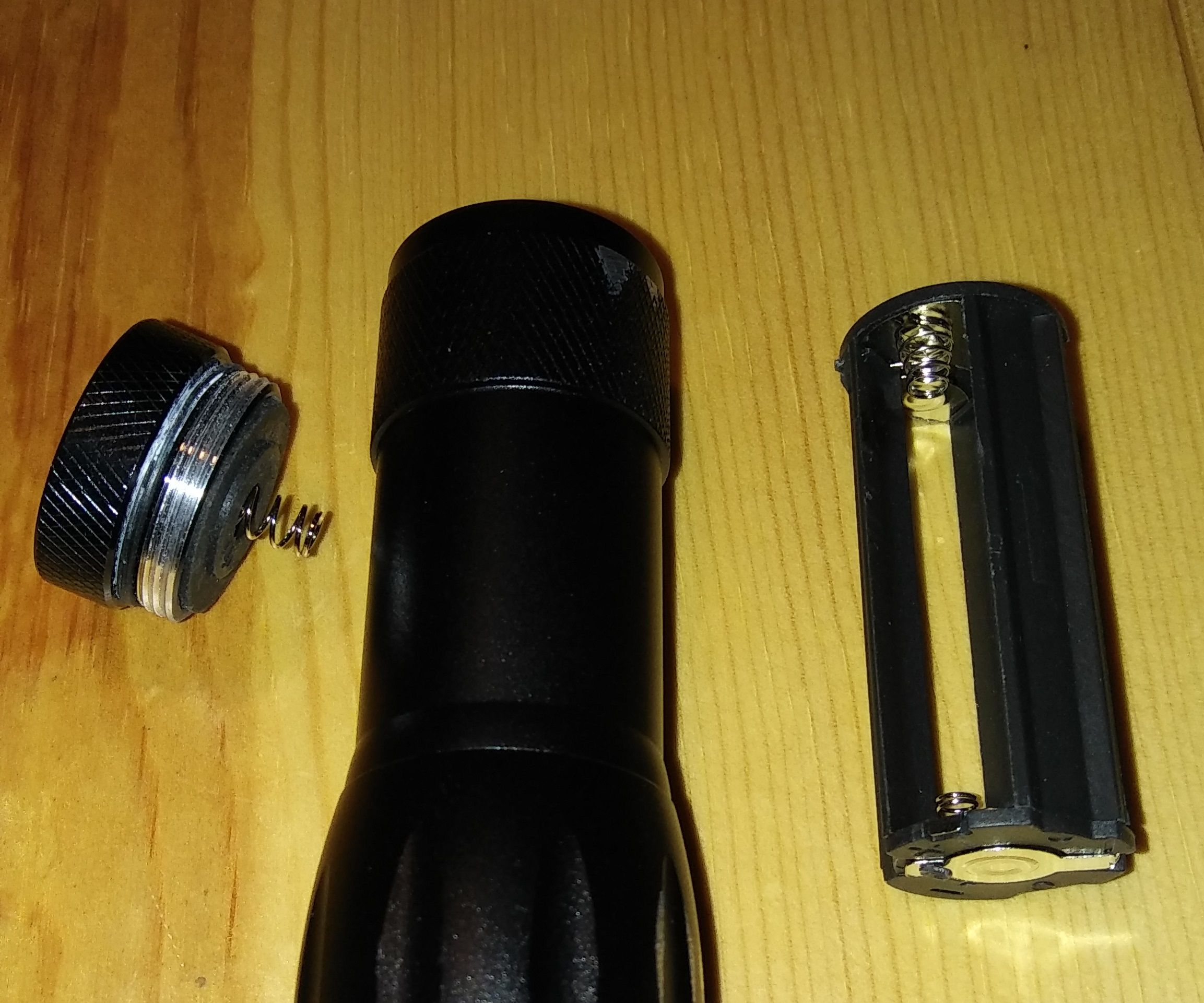 A Simple LED Flashlight Hack (3xAAA to Lithium Battery)