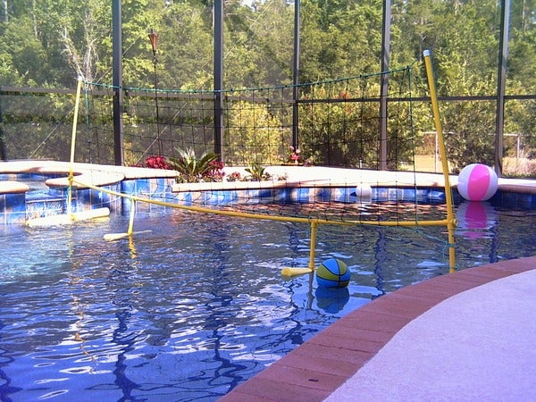 DIY Floating Pool Volleyball Net