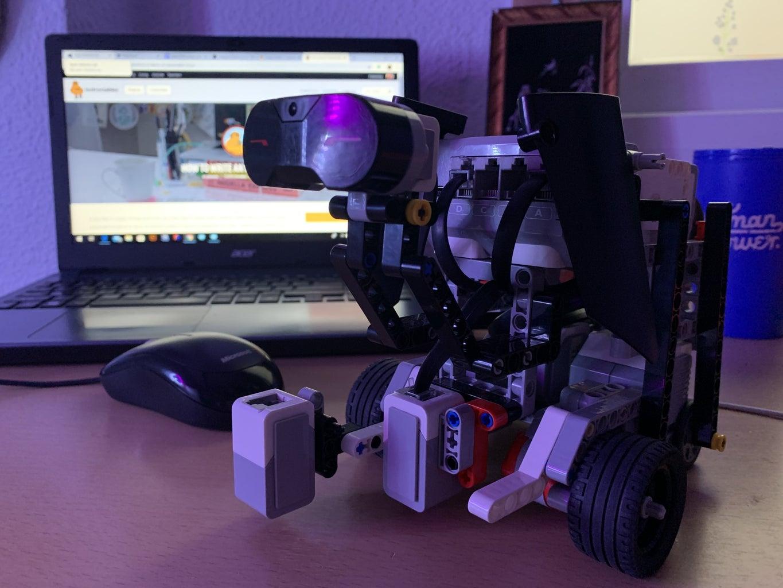 Teaching Robotics Remotely