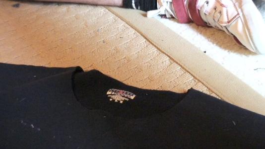 Cut the Jean Waist and the Sweatshirt Collar