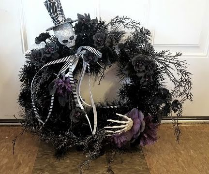 Very Easy DIY Halloween Wreath