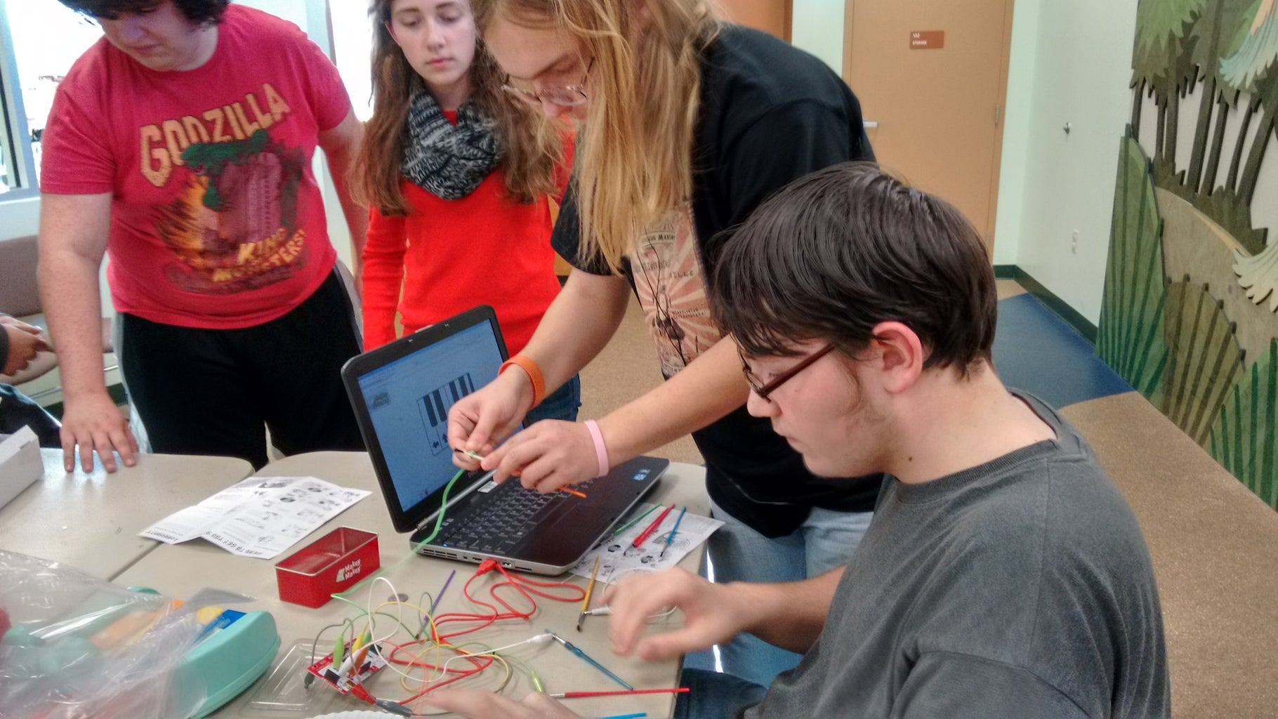 Connect to MaKey MaKey