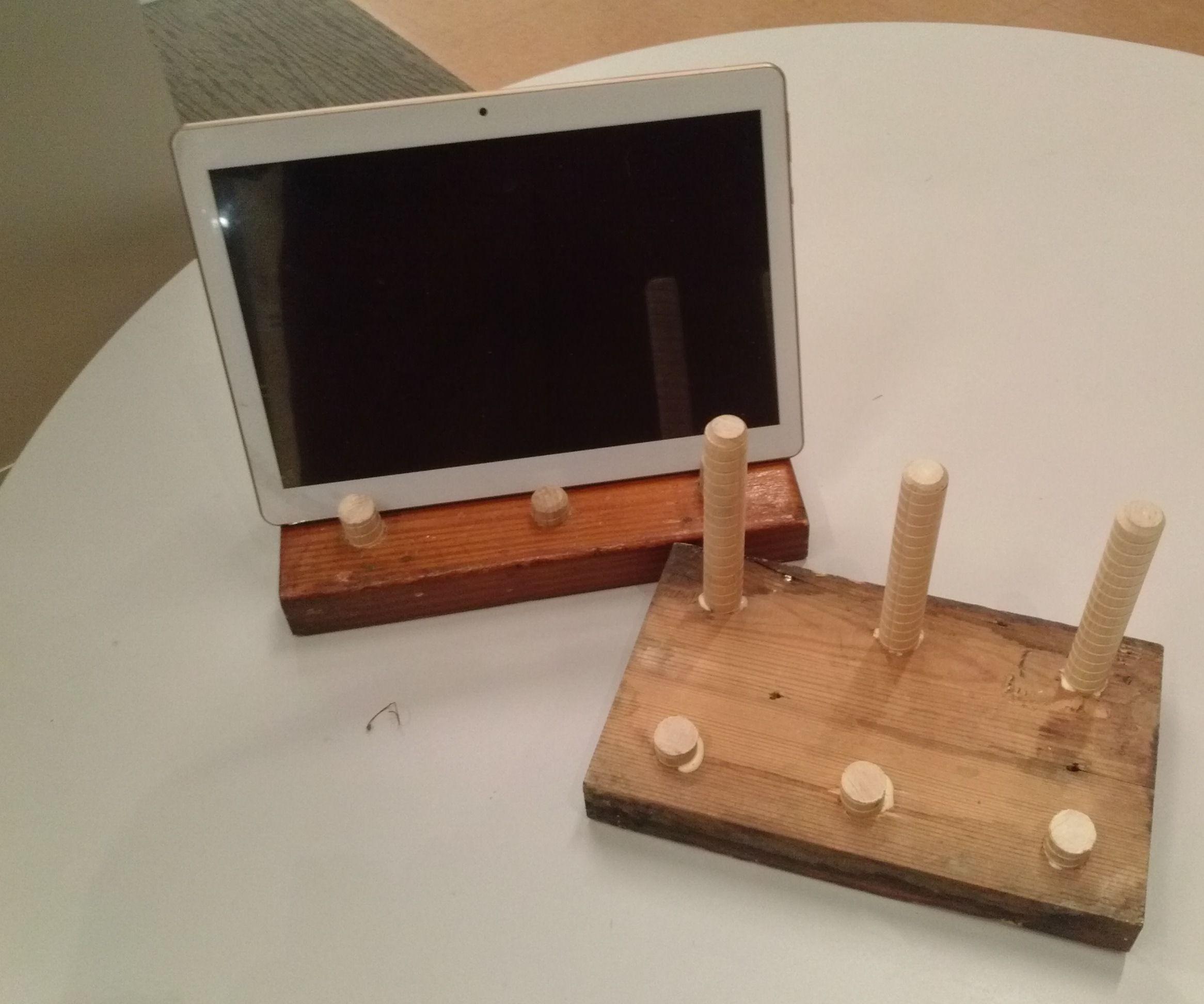 Dowel Peg Tablet Stand