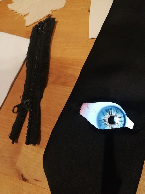 Crazy Eyeball Necktie - Last Minute Office Halloween Idea
