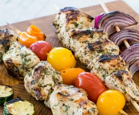 Healthy Grilled Souvlaki Chicken