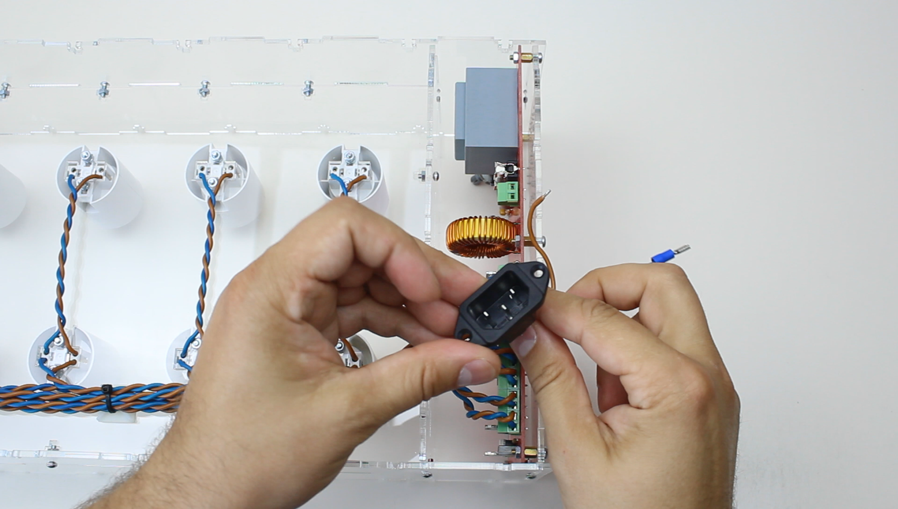 Wiring Power Connector With Rocker Switch.