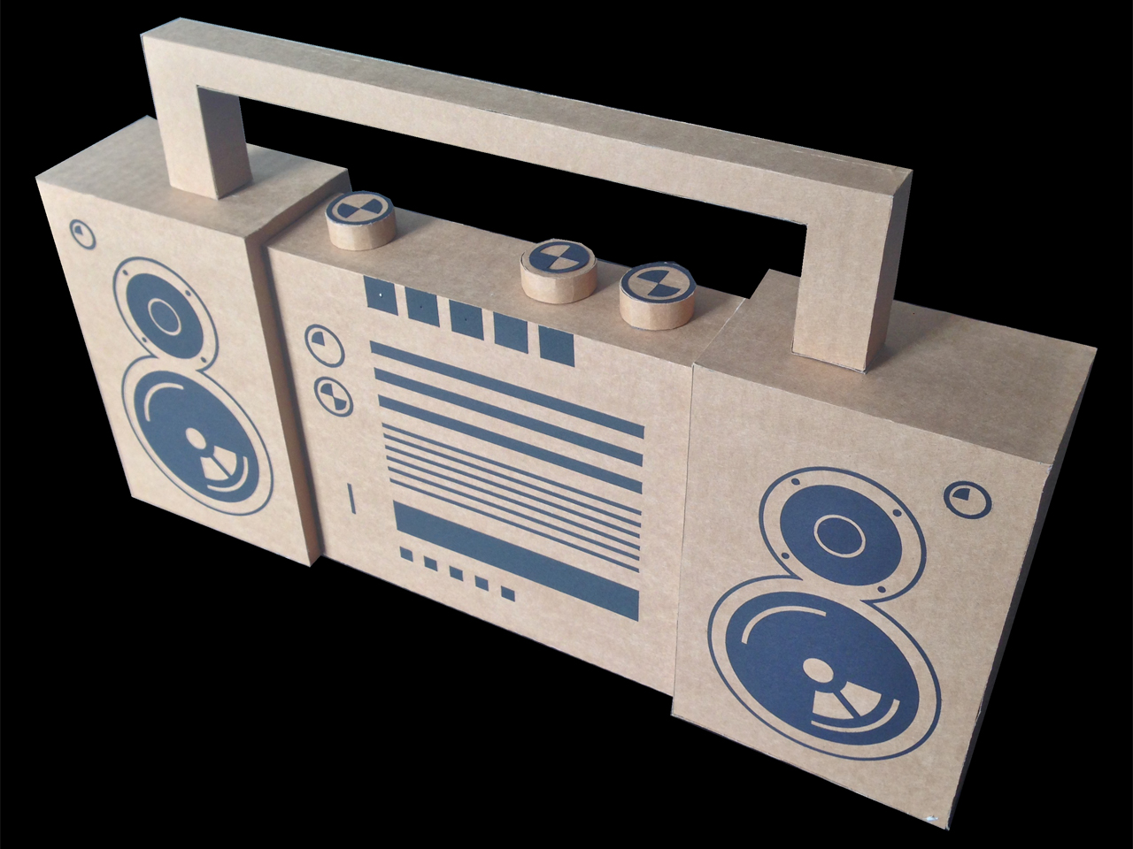 Cardboard BoomBox (quick 'n' dirty concept modelling 2D into 3D)