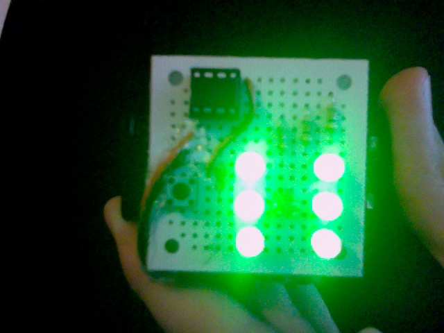 TinyDice LED die (Arduino compatible)