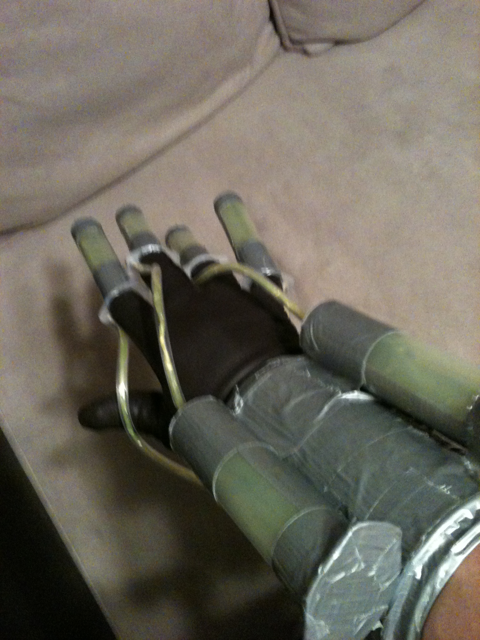 Batman: Arkham Asylum Scarecrow Fear Toxin Syringe Hand