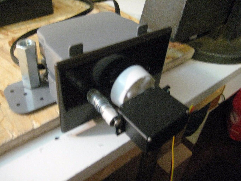 Attach Servo, 9v Battery Packs, Breadboard and Arduino