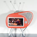Retro TV Phone Holder With Speakers