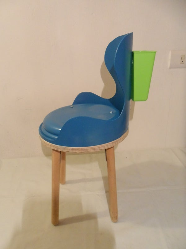 Kids' Chair Made of Recycled Materials