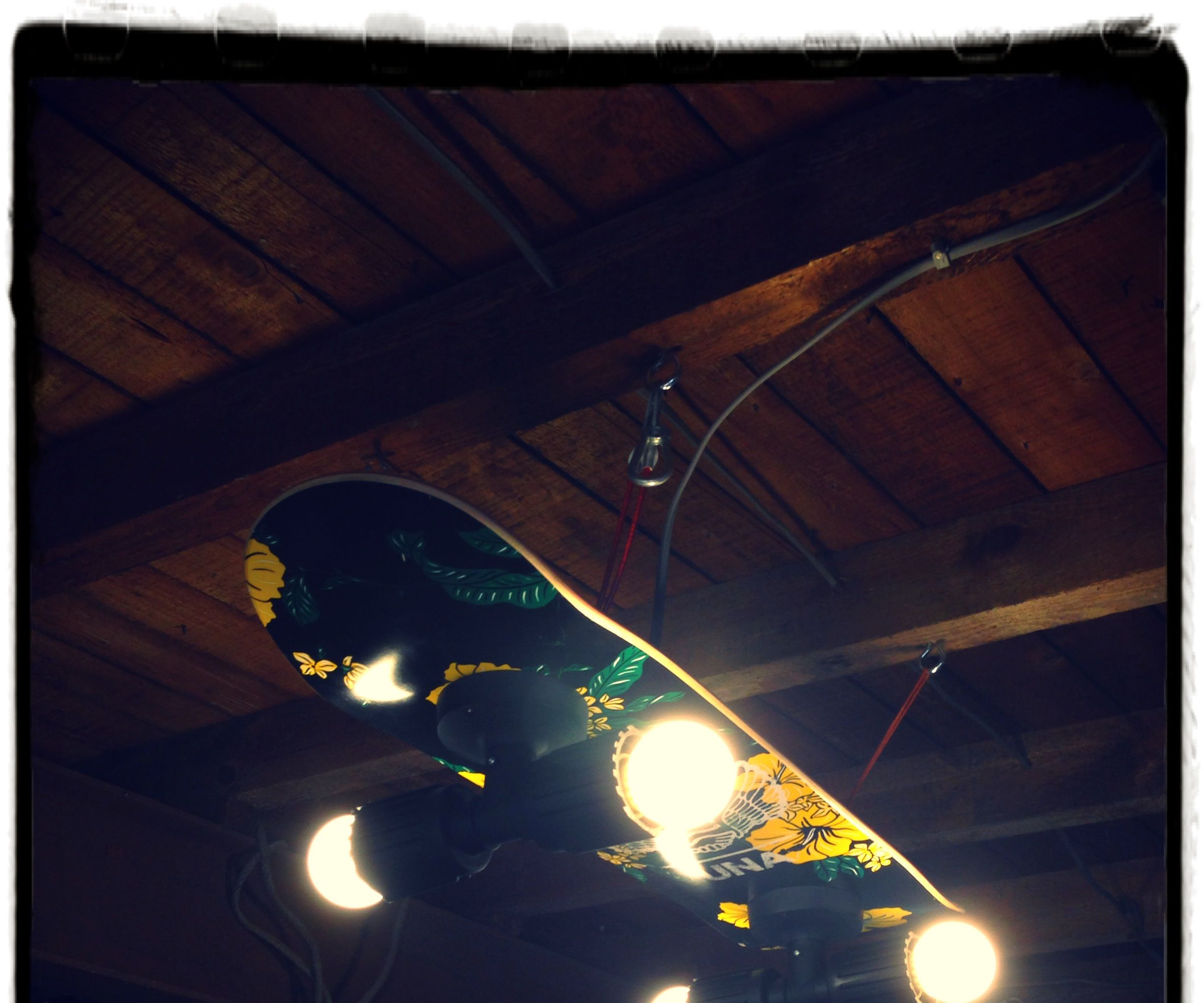 Hanging Skateboard Light