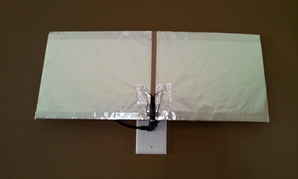 Simple and cheap indoor TV antenna