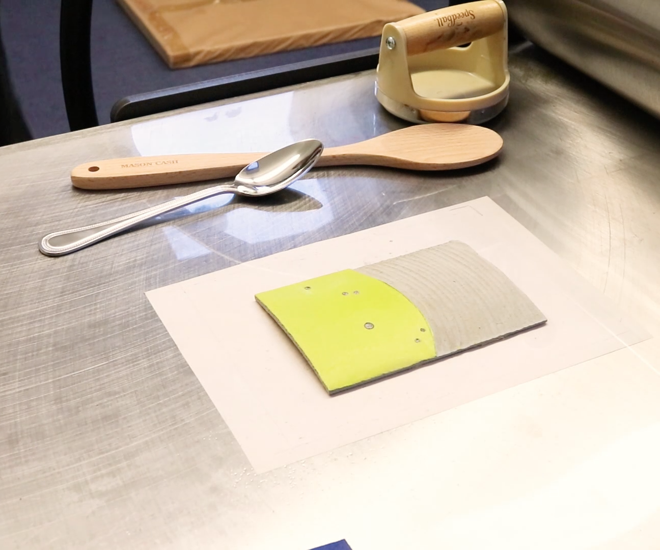 Make a Two-colour Linocut Relief Print