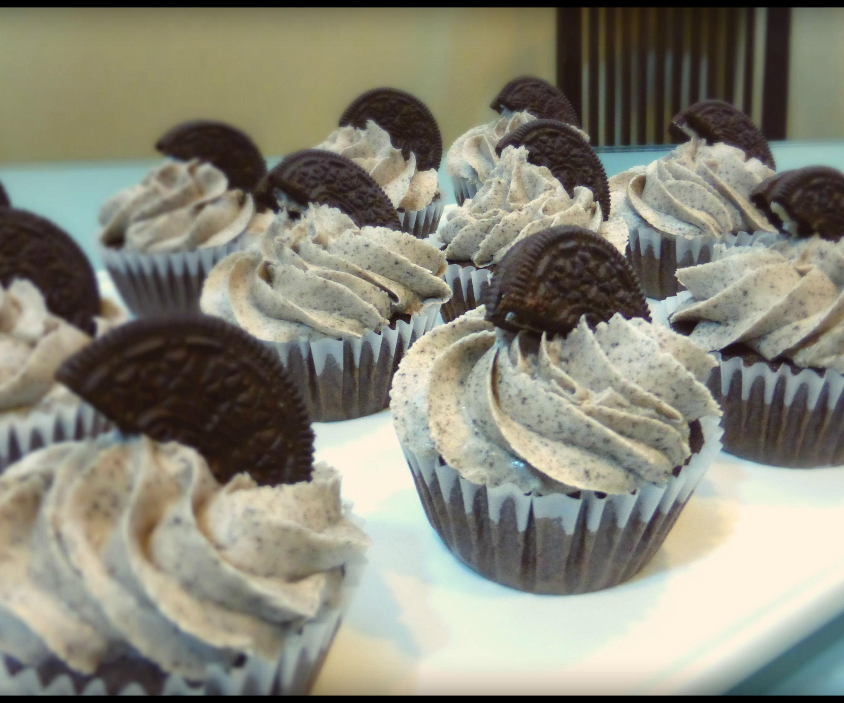 Oreo Cupcakes   Josh Pan