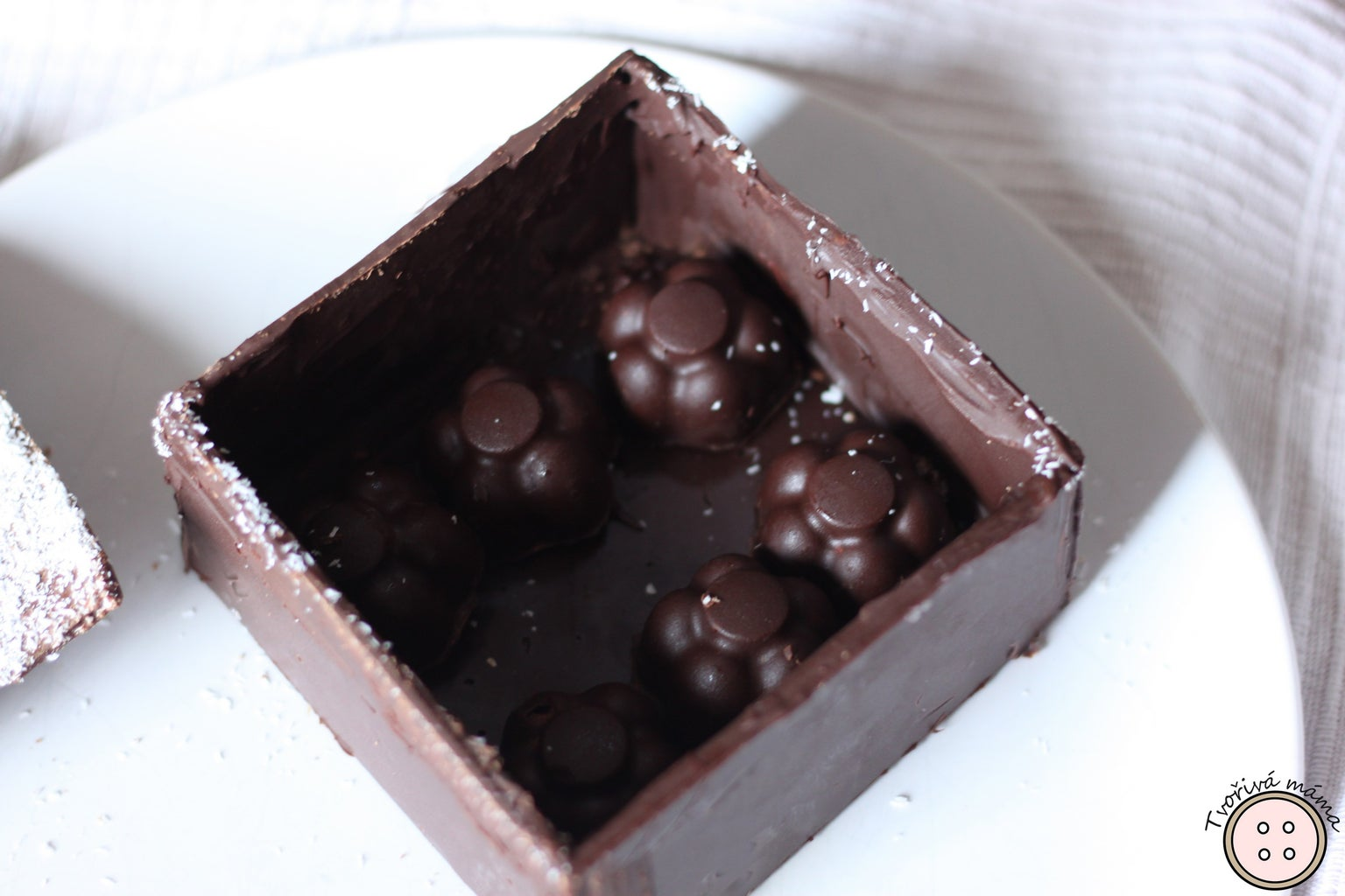 How to Mold Chocolate Pralines