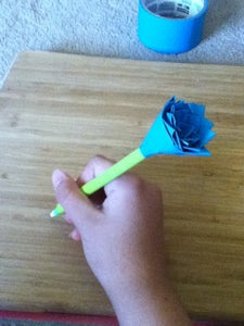 How to Make a Duct Tape Flower Pen