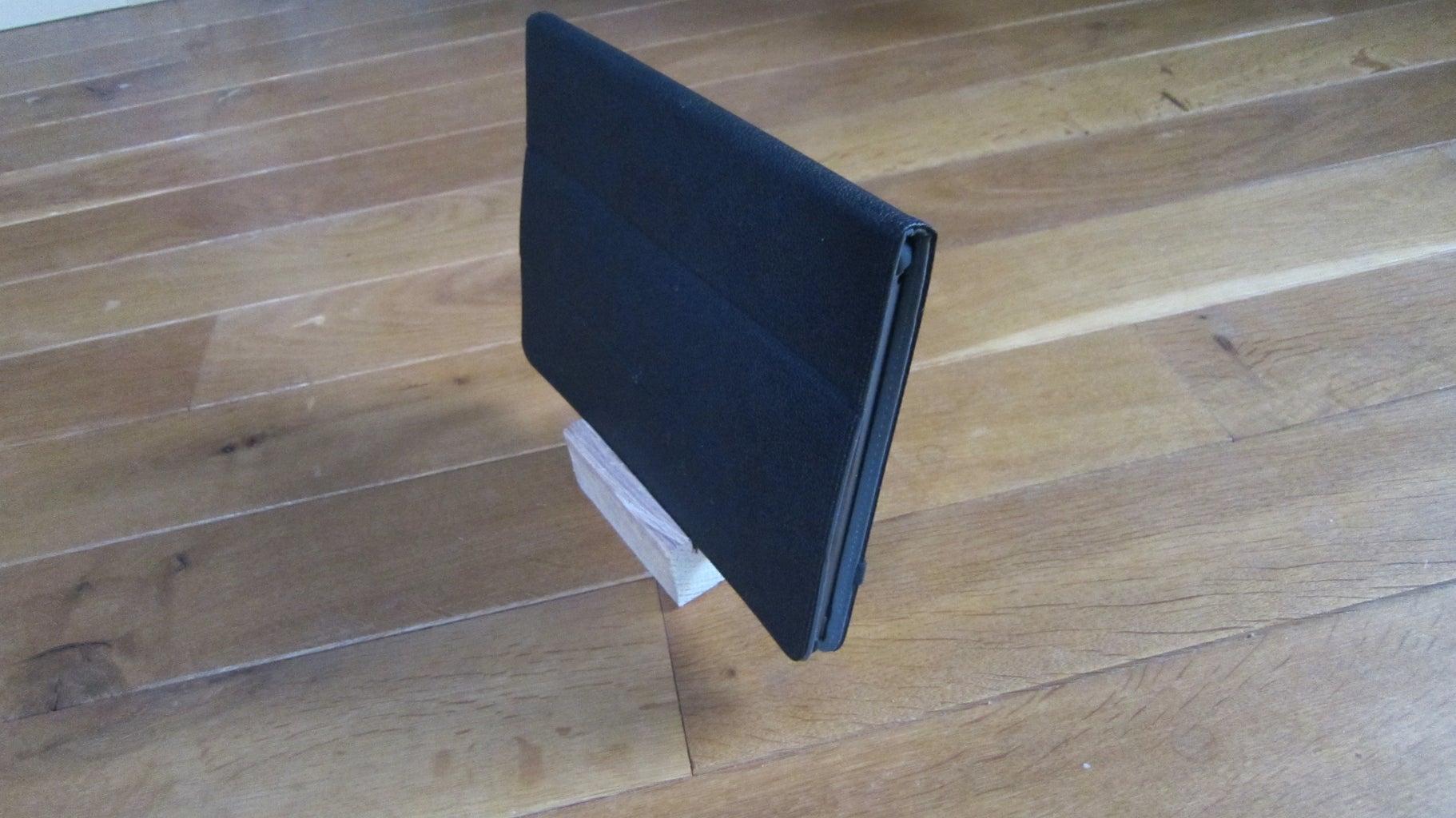 Pallet Block Phone/tablet Holder