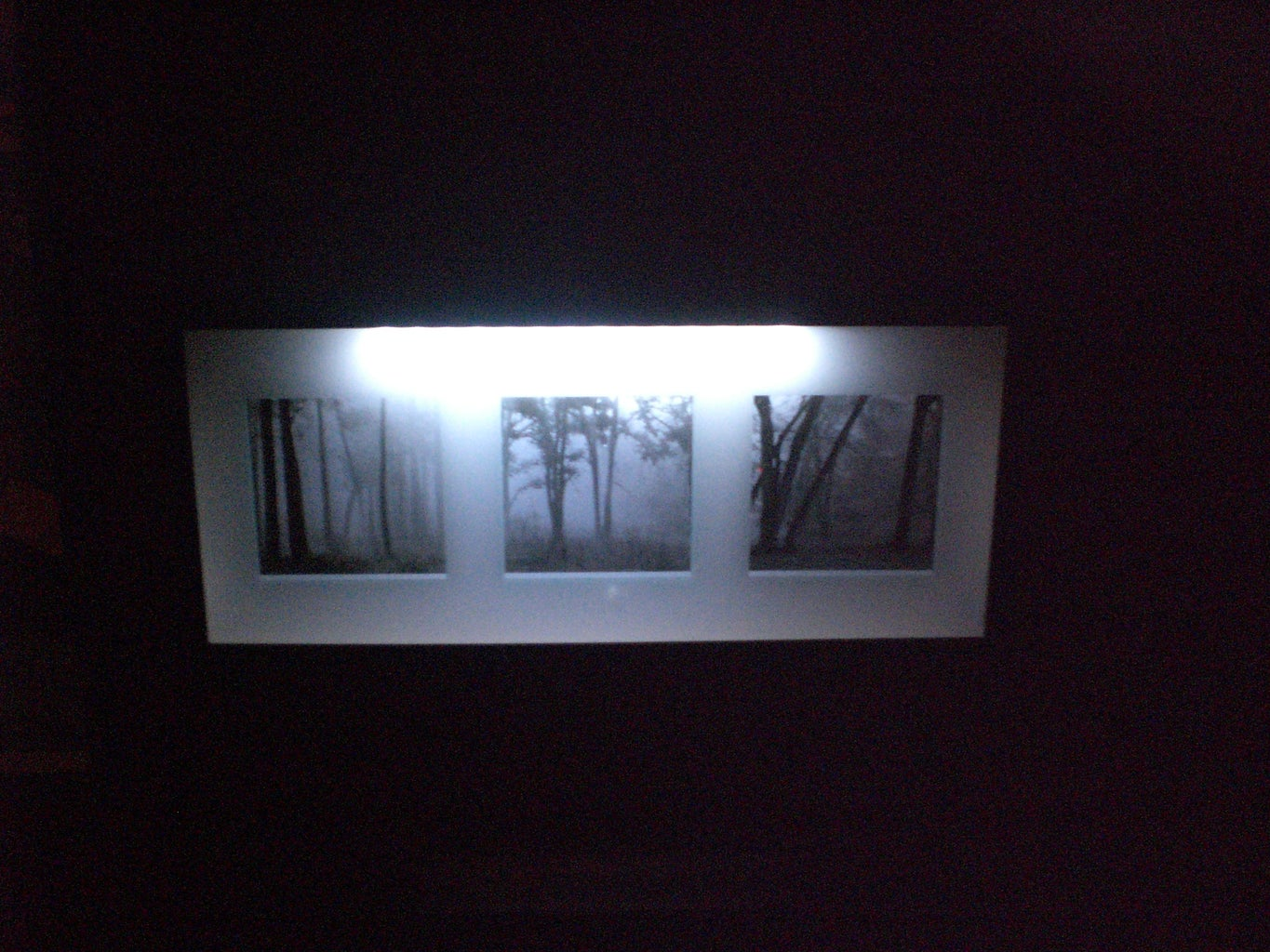 LED-Lighted Picture Frame