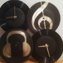Vinyl Dual-country Clock