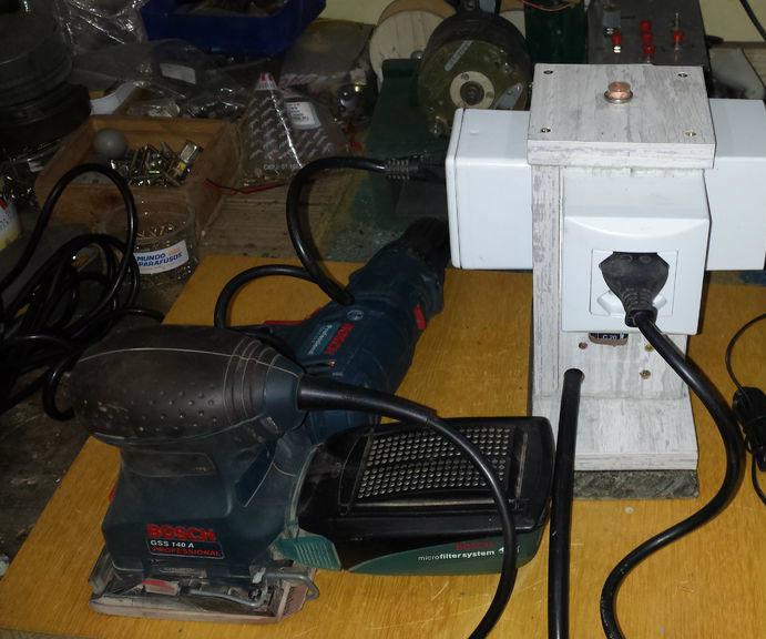 Extensão elétrica útil e prática- Useful and practical extension outlet