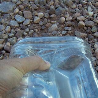 pet-bottles-to-boxes-03--1-gallon--lid-fit-close.jpg