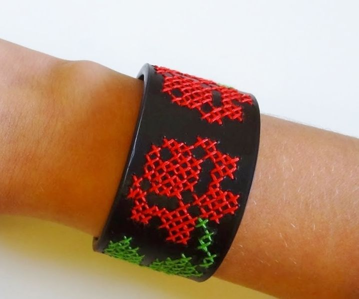 Create your own cross stitch bracelet