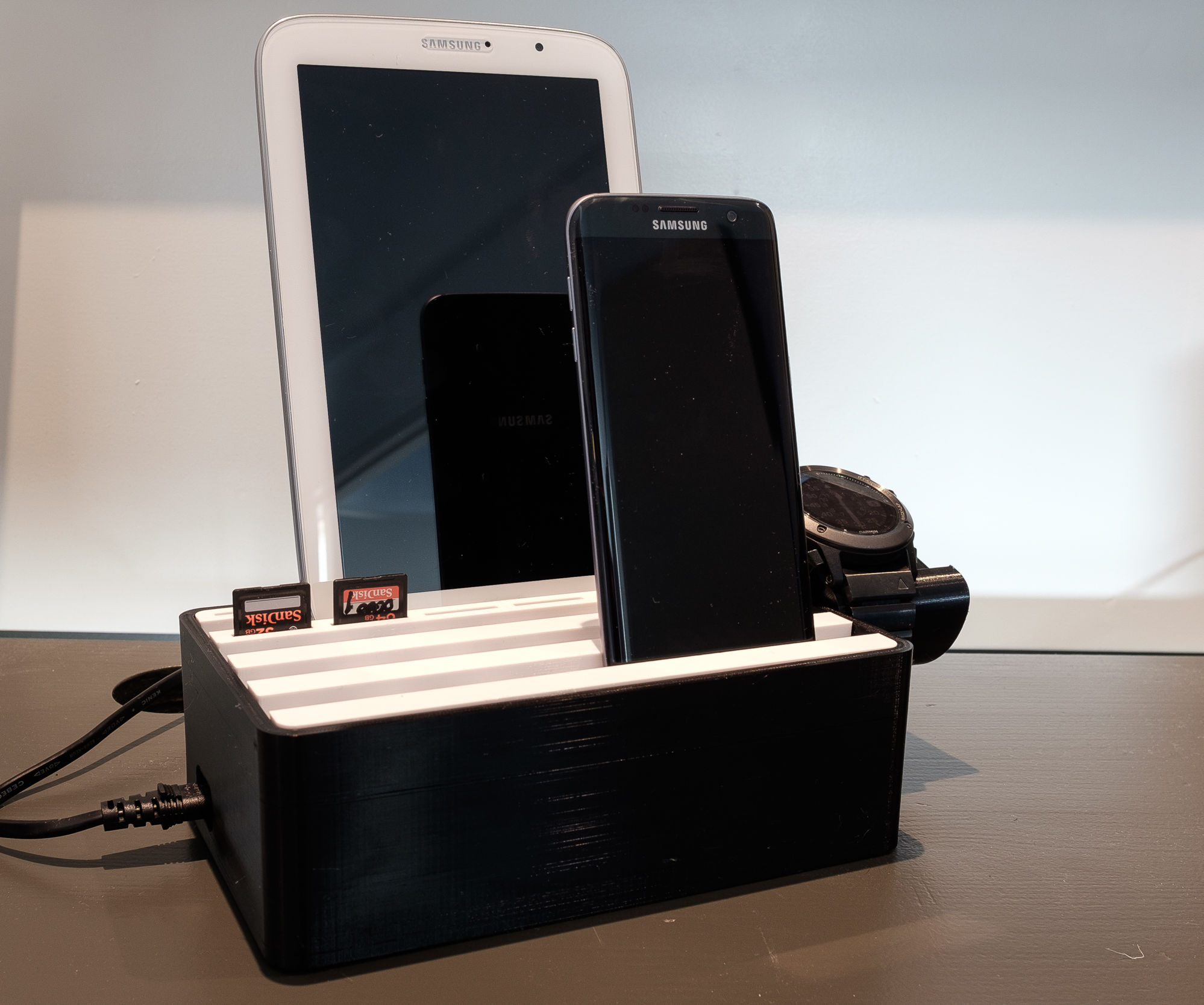 3D printed Tablet, Phone, Watch, SDcard stand & charger