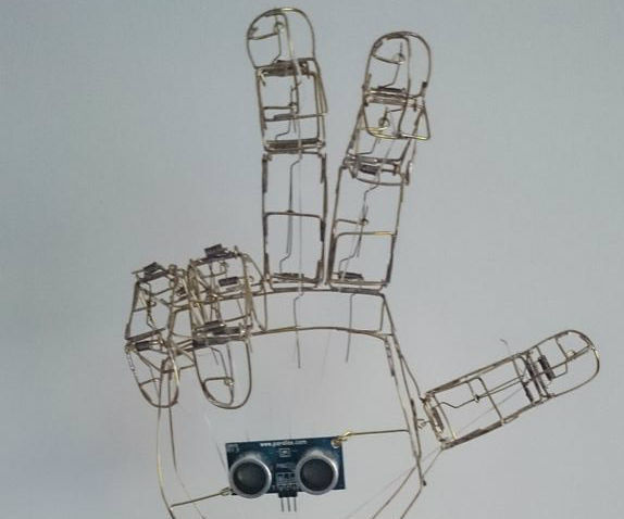 Robotic hand with Arduino