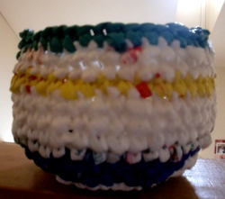How to crochet a plarn planter for healthy roots