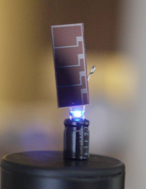 3 piece solar powered LED