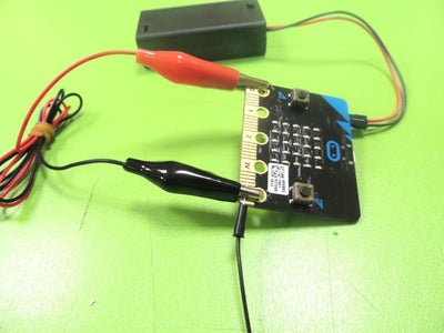 Connecting the Micro:bit to the Mini-Speaker