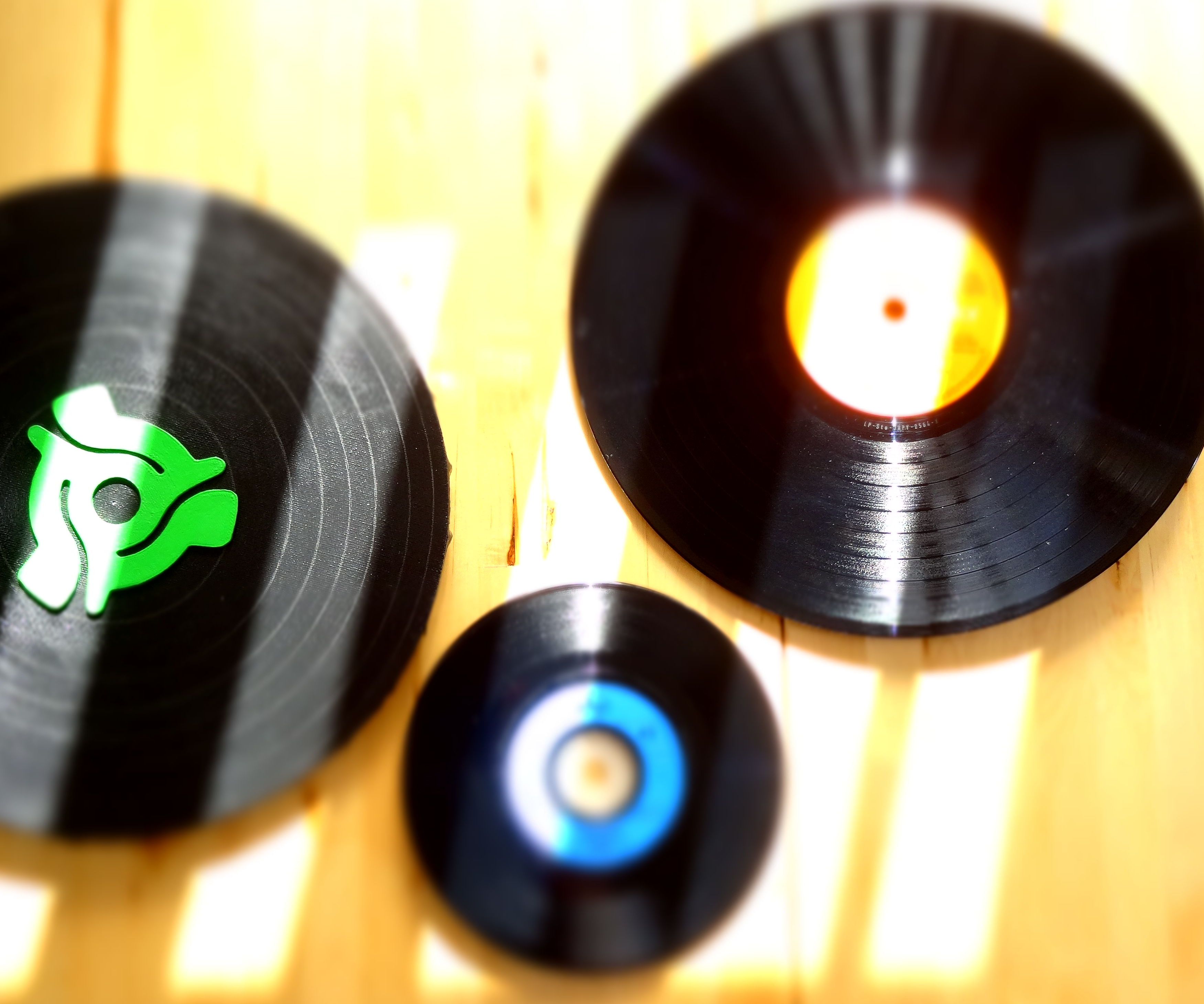 DIY Vinyl Pad -  How to Make Sound With a Vinyl Pad and Piezoelectric