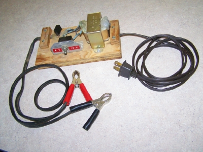 Auto battery charger for 6 or 12 volt sytems