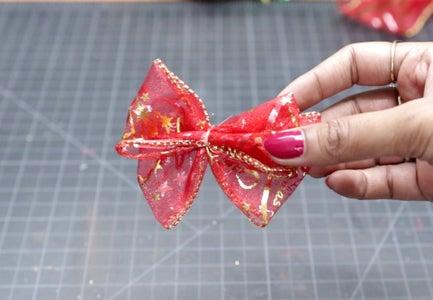 Christmas Bow Making Step-1