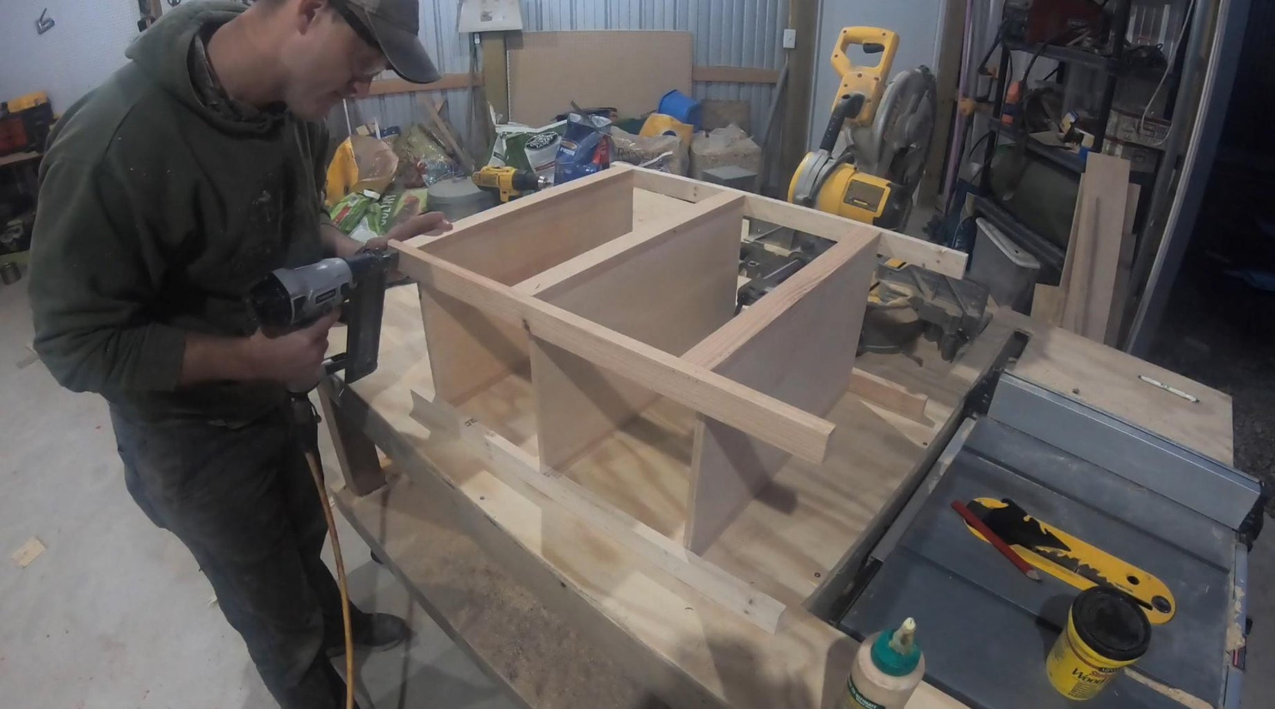 """Mount the Plywood Pieces Onto the 28"""" 1x2s"""