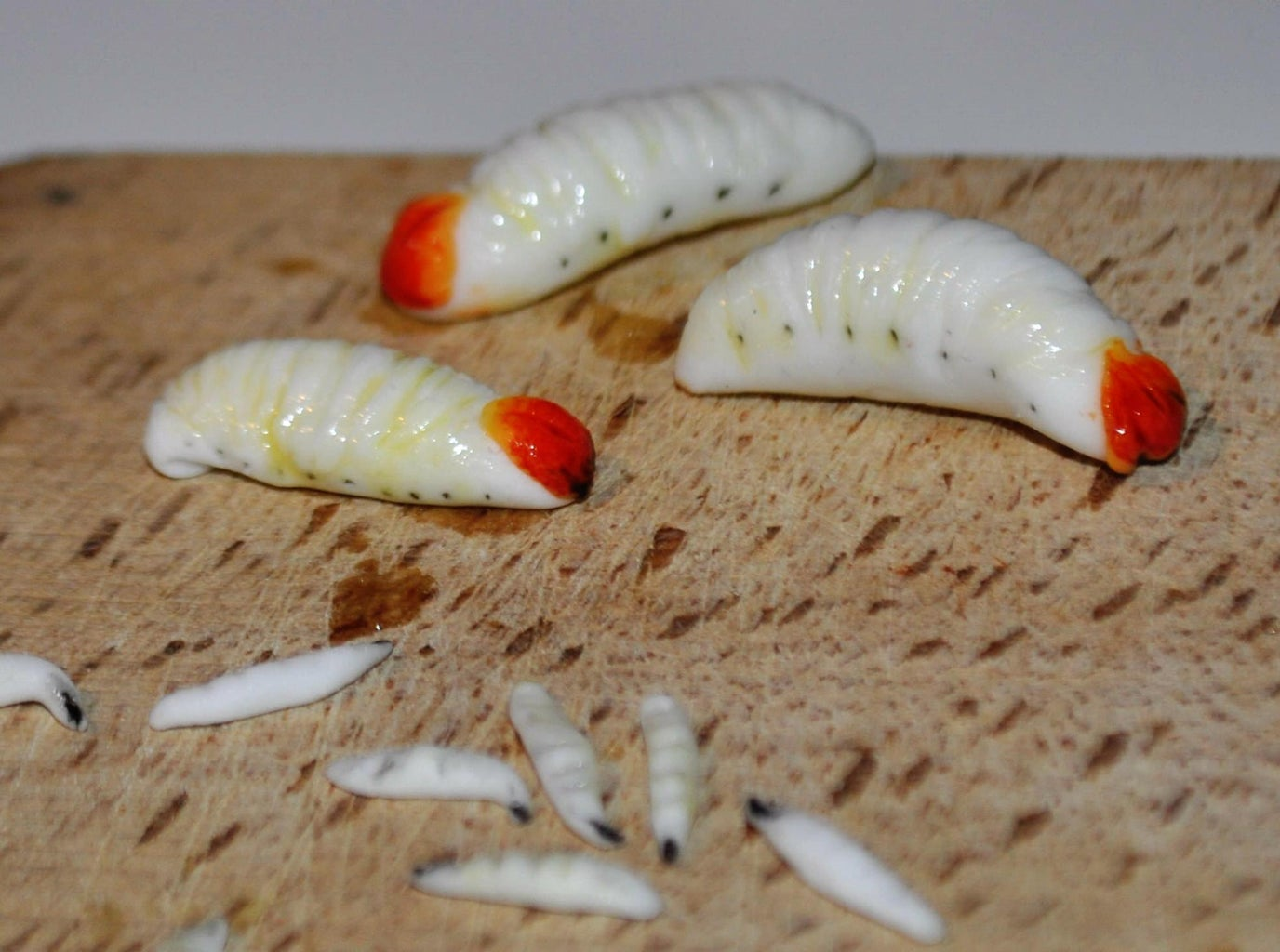 How to Sculpt Realistic Larvae and Maggots